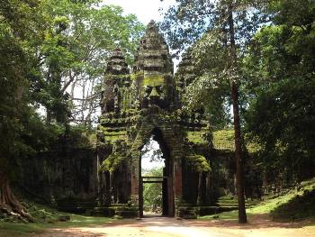 north-gate angkor thom